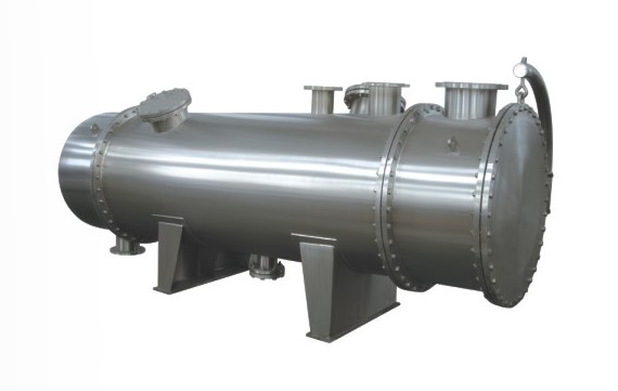 C) Fig.1.1. Shell and Tube Heat Exchanger